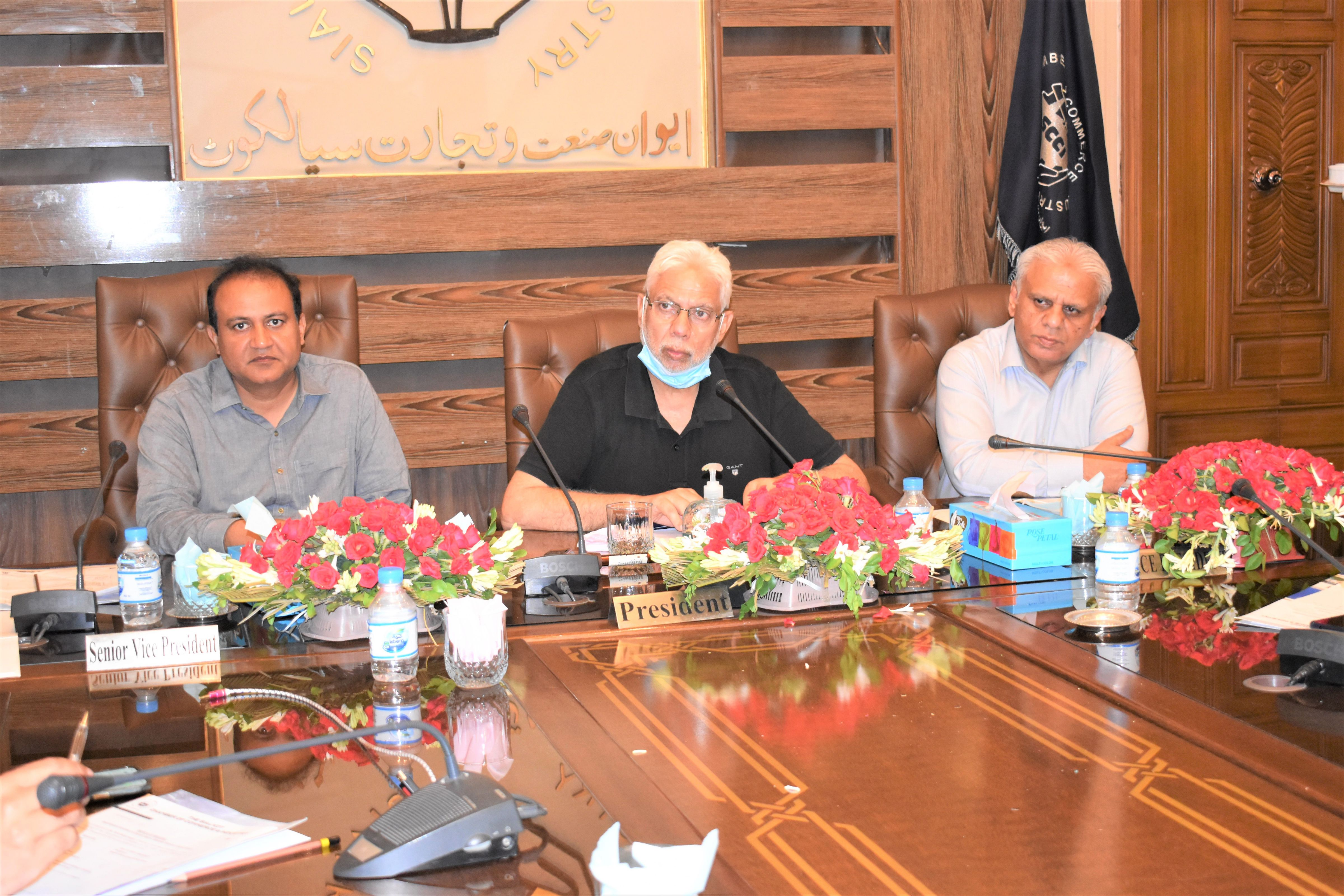On July 15, 2021, Meeting of Departmental Committee on Dry port/ Airport/ Shipping/ Railways/ Transportation held at Sialkot Chamber of Commerce & Industry under the chairmanship of Mr. Tahir Majid Kapur, Chairman to discuss issues related to above-mentioned committee.  Mr. Ansar Aziz Puri, Vice President SCCI also participated in the discussion.