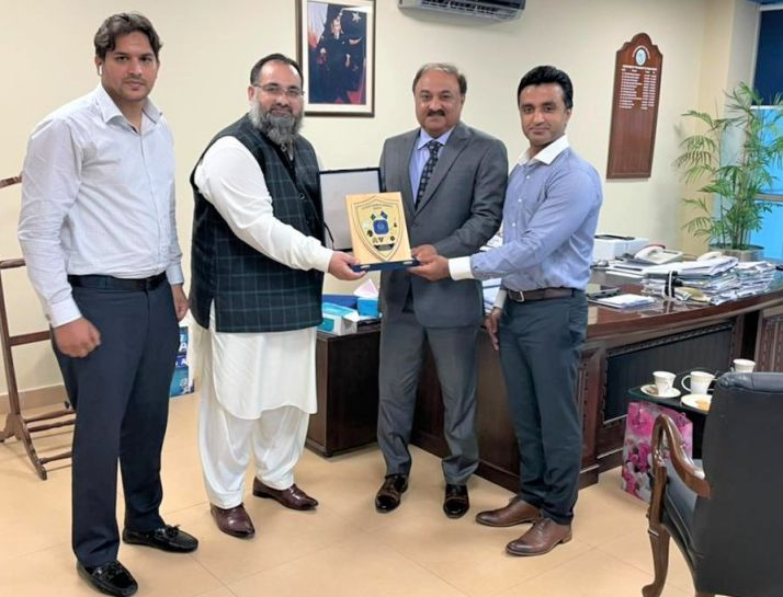 On July 26, 2021, A delegation of Sialkot Chamber of Commerce & Industry led by Mr. Khuram Aslam , Senior Vice President of SCCI – in the company of Mr. Asif Manzoor and Mr. Muhammad Idris, Executive Members SCCI visited Ministry of Human Rights in Islamabad and had meeting with Mr. Inamullah Khan, Secretary, Ministry of Human Rights.