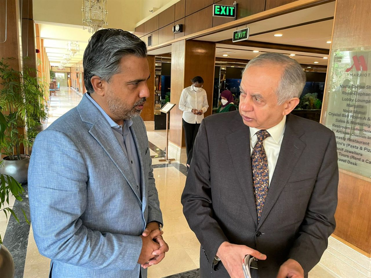 On August 25, 2021, Mr. Qaisar Iqbal Baryar, President, Sialkot Chamber of Commerce & Industry had a meeting with Mr. Abdul Razzak Dawood, Advisor to Prime Minister on Commerce & Investment on Launching Ceremony of 7th Reform Action Plan by Board of Investment, Government of Pakistan at Marriott, Islamabad.