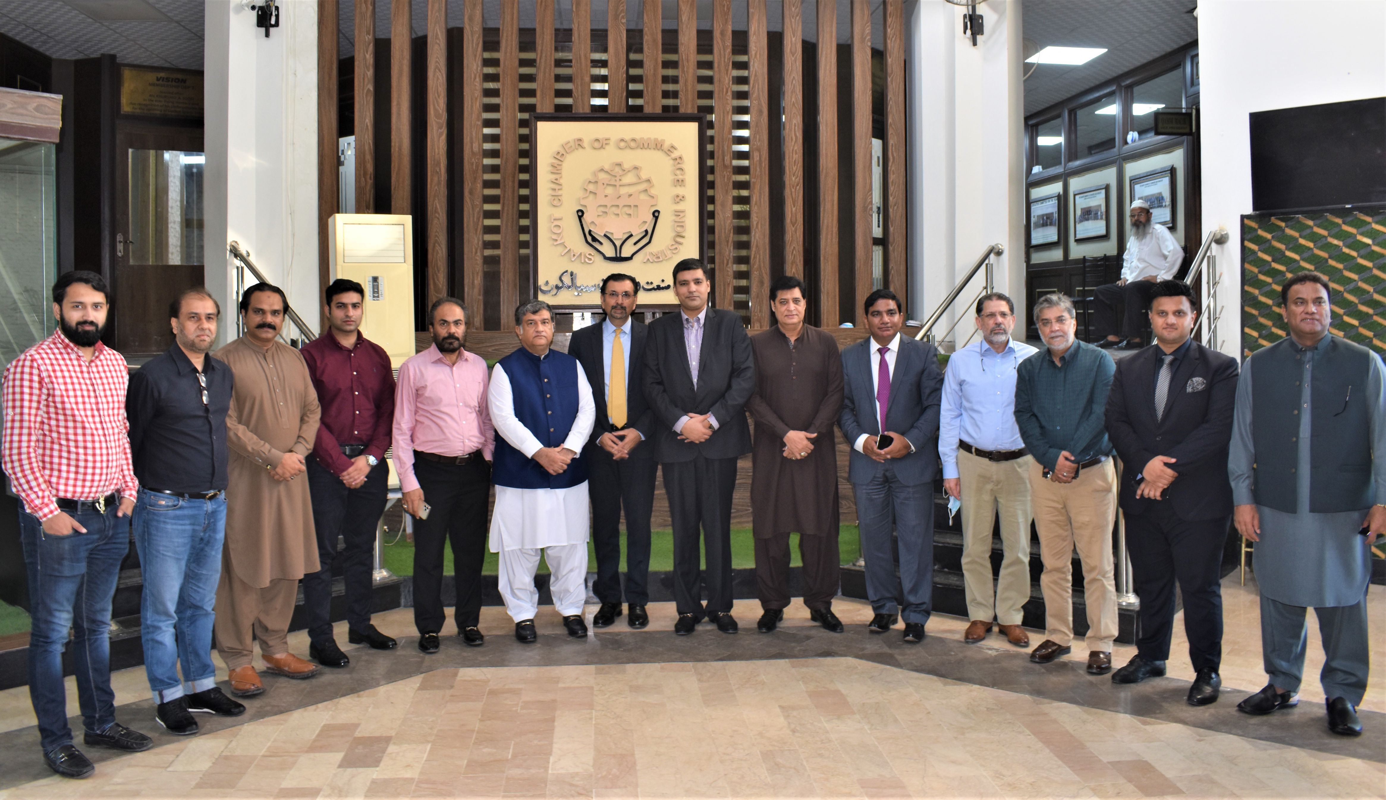 On October 21, 2021, Mr. Farrukh H. Khan, CEO/ Managing Director, Pakistan Stock Exchange Limited (PSX) visited The Sialkot Chamber of Commerce & Industry to Interact with the Business Community of Sialkot.  President and Senior Vice President, The Sialkot Chamber of Commerce & Industry welcomed the Honorable Guest. President Chamber appreciated the role of Pakistan Stock Exchange in facilitating the SMEs Businesses to raise capital to fund their growth and expansion plans through Growth Enterprise Market (GEM) Board.  Mr. Farrukh H. Khan encouraged the business community of Sialkot to list their Business/ Company in Stock Exchange to achieve the highest standard of Efficiency and Profitability by raising Capital for Company's Growth. He gave a presentation to brief the audience about Listing at PSX and benefits of IPO.